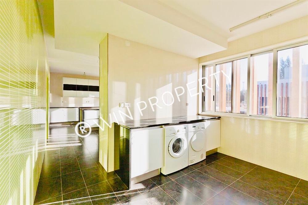 Apartamento T4 - Maputo [7]