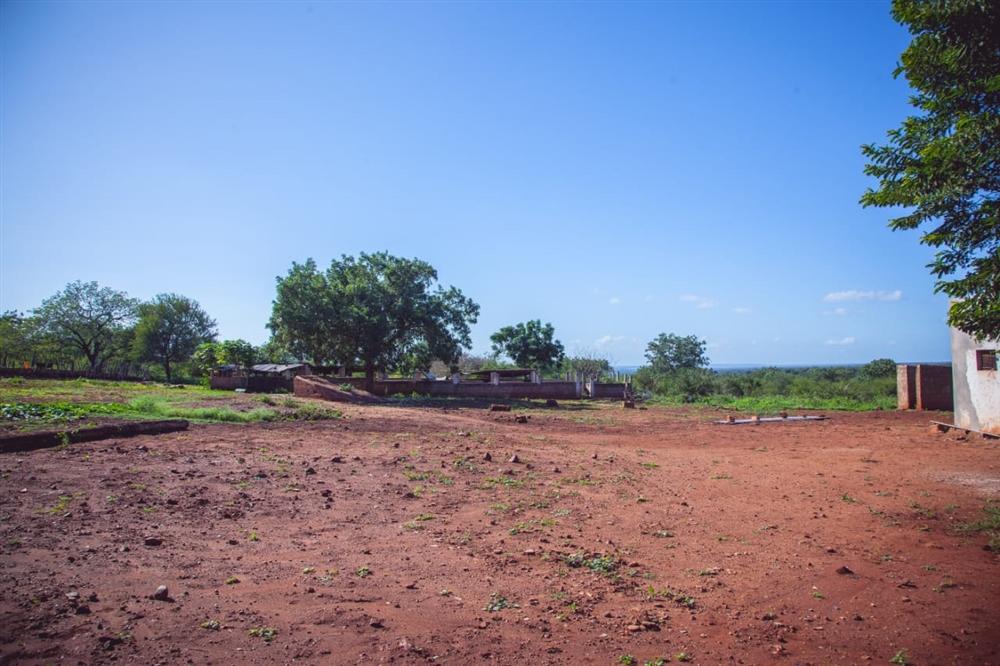 Land  - Namaacha [6]