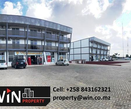 Armazéns escritórios e apartamentos na Avenida de Moçambique